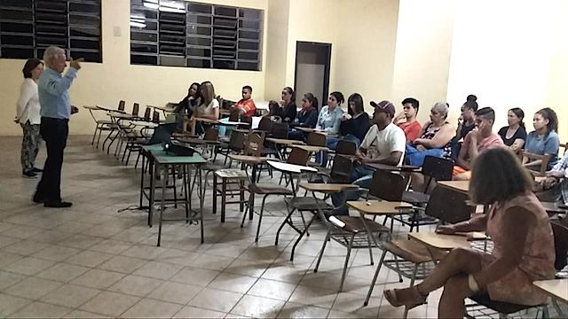 ESCOLA DE PAIS PRIMEIRO ENCONTRO - VOLUNTÁRIOS IVO E CLAIRE PIONER