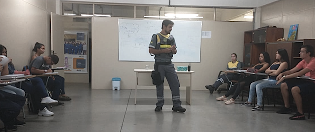 VOLUNTÁRIOS MARLINI BEDIN E JOELSON QUEIROZ - CIDADANIA