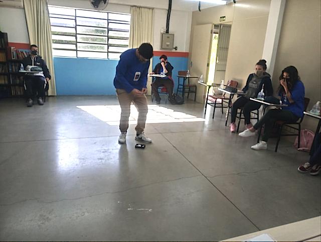 ATENDIMENTO AO CLIENTE, POSTURA, ATITUDE E EFICIÊNCIA - EDUCADORA SOCIAL CASSANDRA VELHO PEREIRA